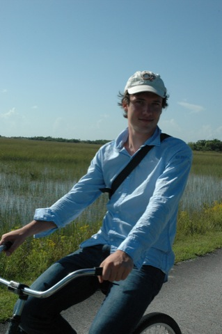 pieter fietst op everglades