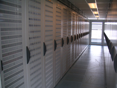 servers in datacenter Netfeed